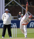 Darren Stevens runs into bowl, Essex v Kent, County Championship Division Two, Chelmsford, 2nd day, April 20, 2015
