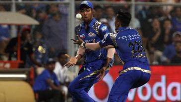 Levitation trick: J Suchith and Hardik Pandya make mess of a catch