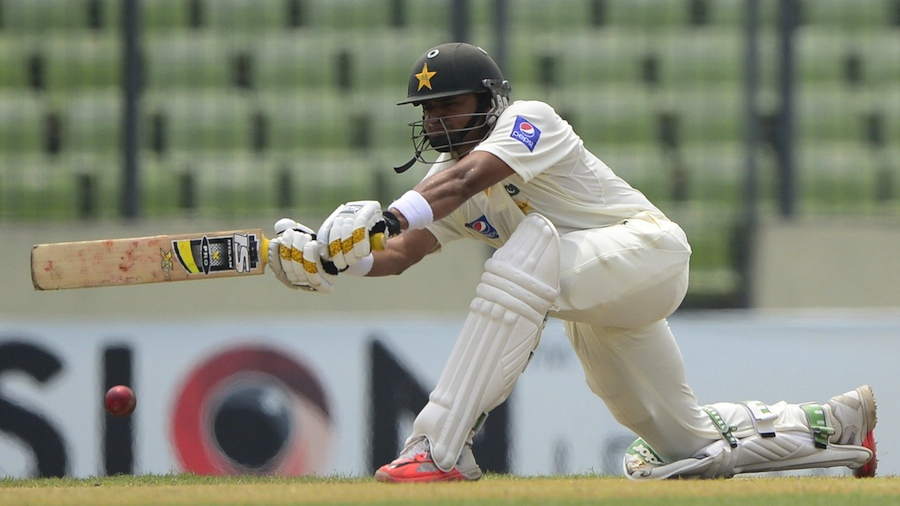 Azhar Ali sweeps on the second morning