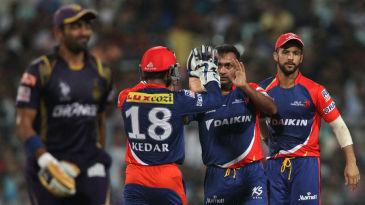 Amit Mishra celebrates the wicket of Robin Uthappa