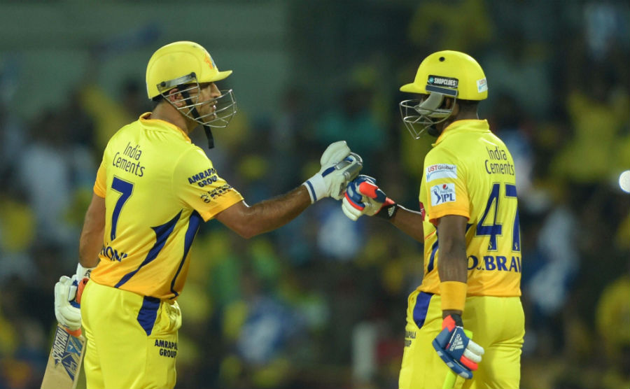 MS Dhoni and Dwayne Bravo added 28 in 15 balls | Cricket Photo | ESPN ...