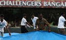 Rain interrupted Royal Challengers Bangalore's chase, Royal Challengers Bangalore v Delhi Daredevils, IPL 2015, Bangalore, May 17, 2015