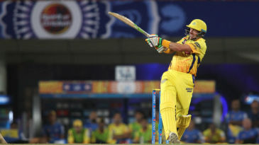 Michael Hussey pulls away