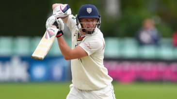 Scott Borthwick battled past 50 as wickets tumbled around him