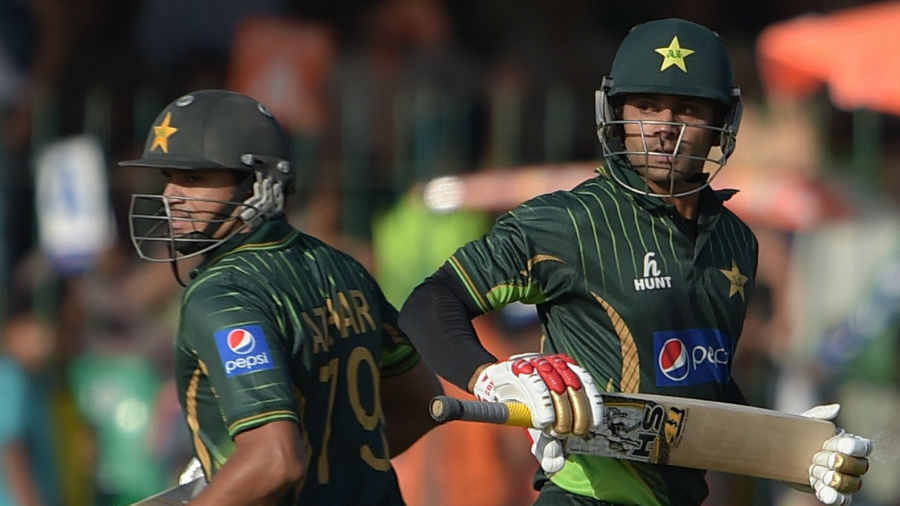Mohammad Hafeez and Azhar Ali put on 170 runs for the opening stand