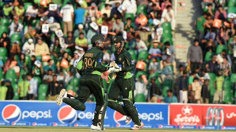 Shoaib Malik and Haris Sohail put on 201 in 22.5 overs
