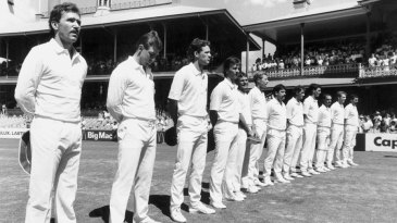 Allan Border and the Australian team line up