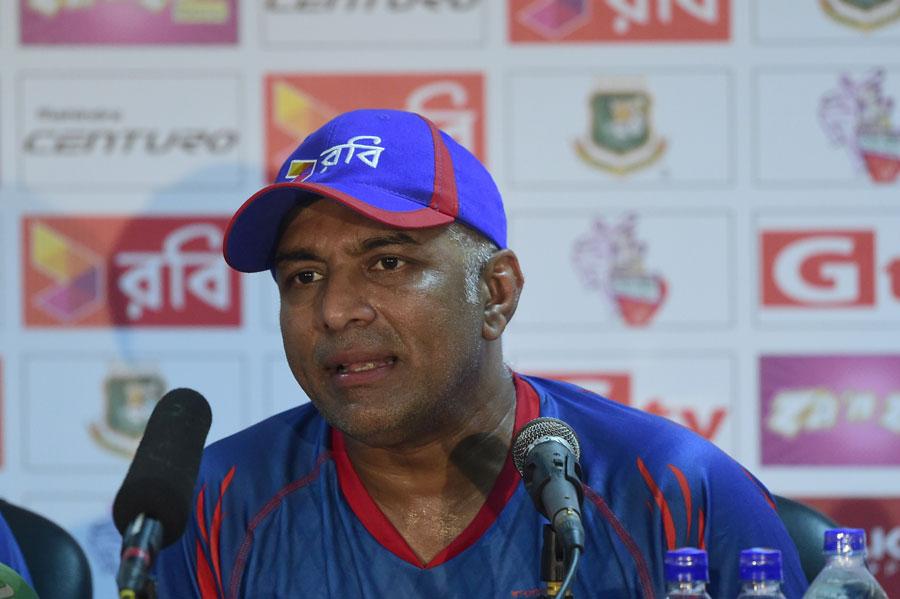Chandika Hathurusingha Appointed Sri Lanka Head Coach