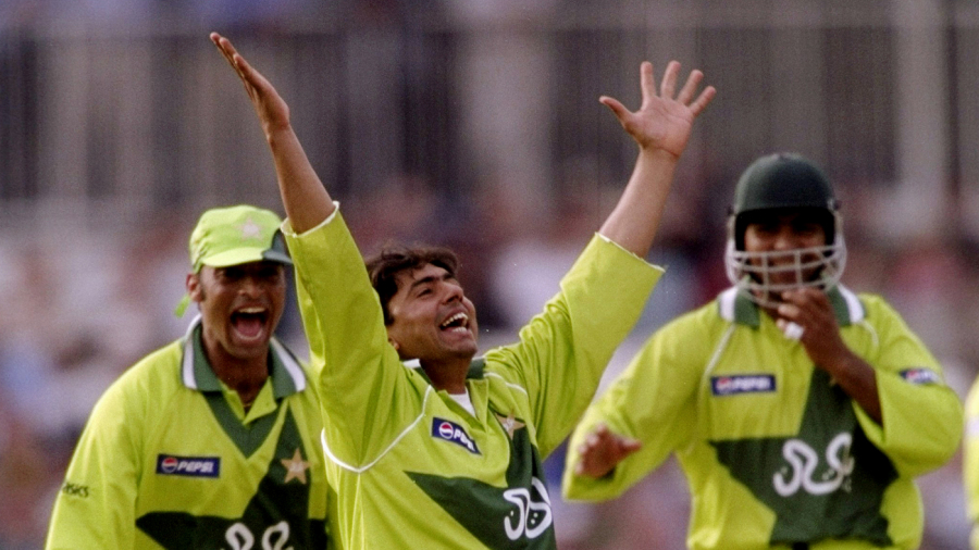 Saqlain Mushtaq celebrates his second ODI hat-trick