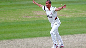 Alfonso Thomas gave a masterclass in swing bowling
