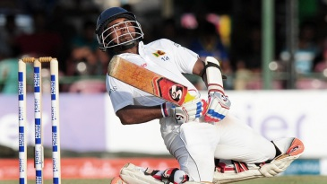Kaushal Silva sways out of a bouncer