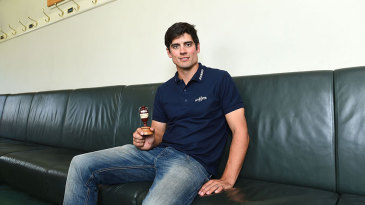 Alastair Cook will want to be holding the Ashes urn again after the fifth Test