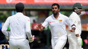 Dhammika Prasad dismissed Sarfraz Ahmed for 16