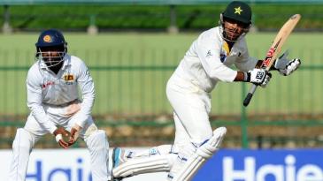 Sarfraz Ahmed takes off for a run