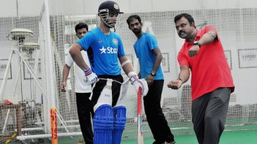 Pravin Amre gives batting tips to Ajinkya Rahane