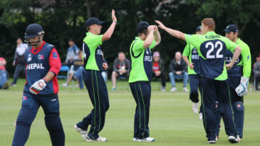 Kevin O'Brien celebrates the wicket of Sharad Vesawkar