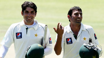 Misbah-ul-Haq and Younis Khan are all smiles after Pakistan's win