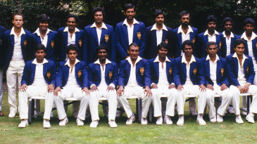 The Sri Lankan team poses before its first ever Test in England
