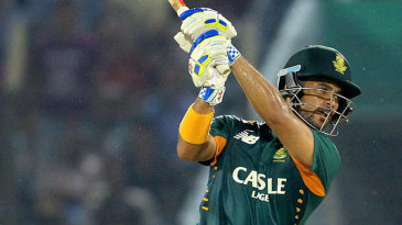 JP Duminy top-scored with 51