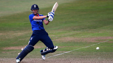 Nat Sciver top-scored in England's chase with 66