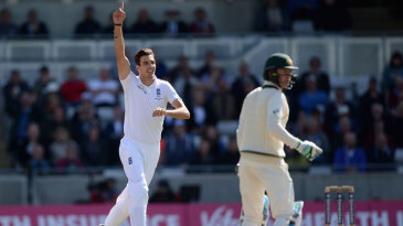 Steven Finn claimed the key scalp of Michael Clarke for 3