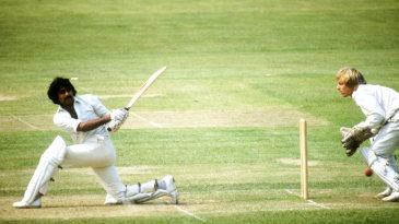 Javed Miandad sweeps