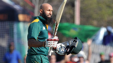 Hashim Amla made his 21st ODI century
