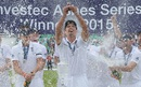 The champagne is corked open as Alastair Cook lifts the Urn, England v Australia, 5th Investec Ashes Test, The Oval, 4th day, August 23, 2015