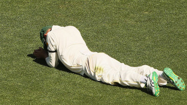 Nathan Lyon rues a dropped catch