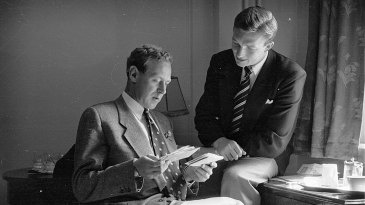 Arthur Morris with Richie Benaud in 1953