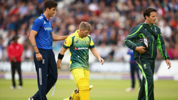David Warner was forced to retire hurt after being struck on the hand by Steven Finn