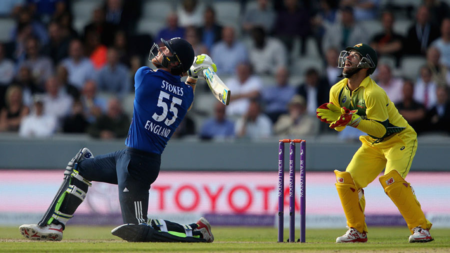 England had been 205 for 2 but things began to unravel, Ben Stokes struggling over 14...