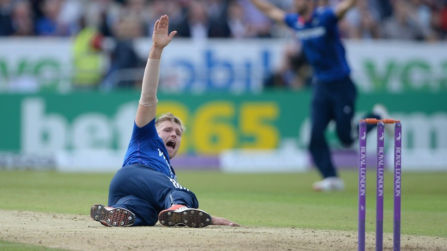 David Willey claimed each of the first three wickets to fall