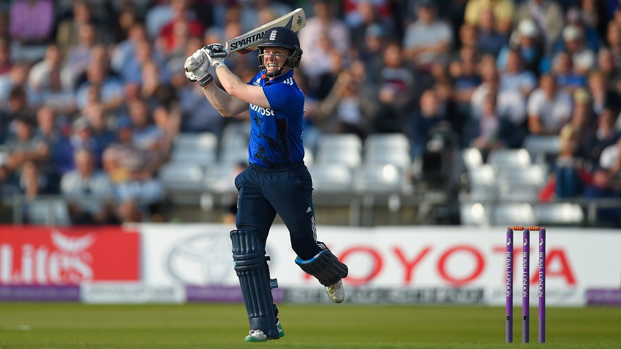 An Eoin Morgan flamingo shot went over the ropes at long-on