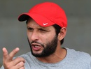 Shahid Afridi speaks to reporters in Lahore, September 18, 2015