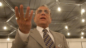 Jagmohan Dalmiya addresses the media