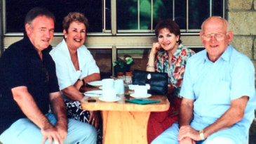Frank Tyson with David Frith and wives Ursula Tyson and Debbie Frith
