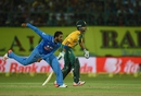 S Aravind bowls on debut, India v South Africa, 1st T20, Dharamsala, October 2, 2015