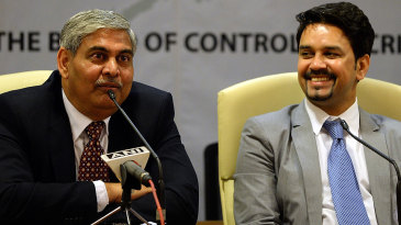 Shashank Manohar and Anurag Thakur at a press conference