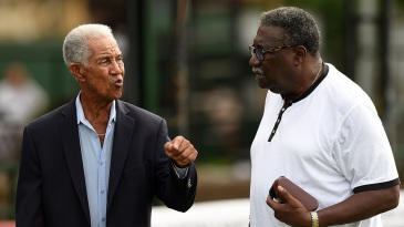 Garry Sobers has a chat with Clive Lloyd