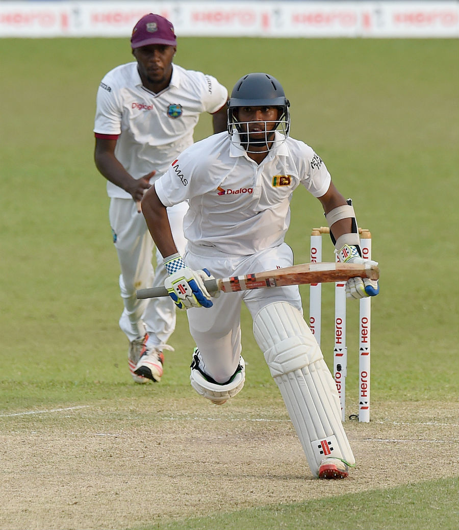 Kusal Mendis sneaks in a quick single | Cricket Photo | ESPN Cricinfo