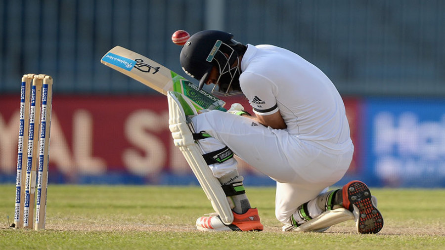 how to become a professional cricket player