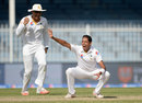 Zulfiqar Babar struck twice in his first spell, Pakistan v England, 3rd Test, Sharjah, 5th day, November 5, 2015
