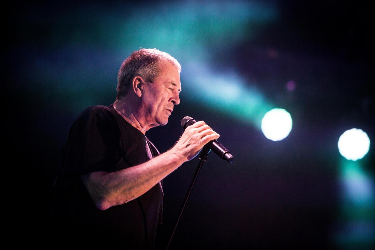 Ian Gillan sings