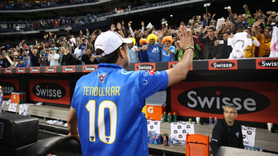 The feeling is mutual between Sachin Tendulkar and his adoring fans in New York