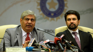BCCI president Shashank Manohar and secretary Anurag Thakur attend a press conference