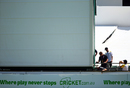 A sightscreen problem held up play for more than 15 minutes in the first session, Australia v New Zealand, 2nd Test, Perth, 3rd day, November 15, 2015