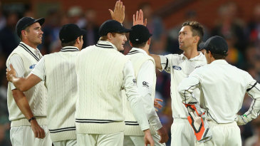 Trent Boult removed David Warner for 1