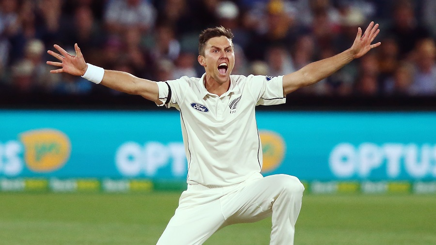 Trent Boult belts out an appeal