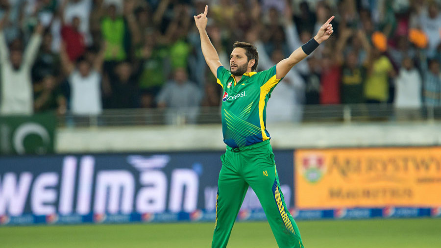 Shahid Afridi caused England problems as he took 3 for 15